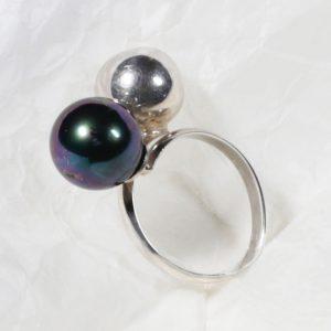 Bague Argent 925 / 1000 et Perle noire