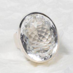 Bague Cristal de roche (Brésil) grand ovale facetté